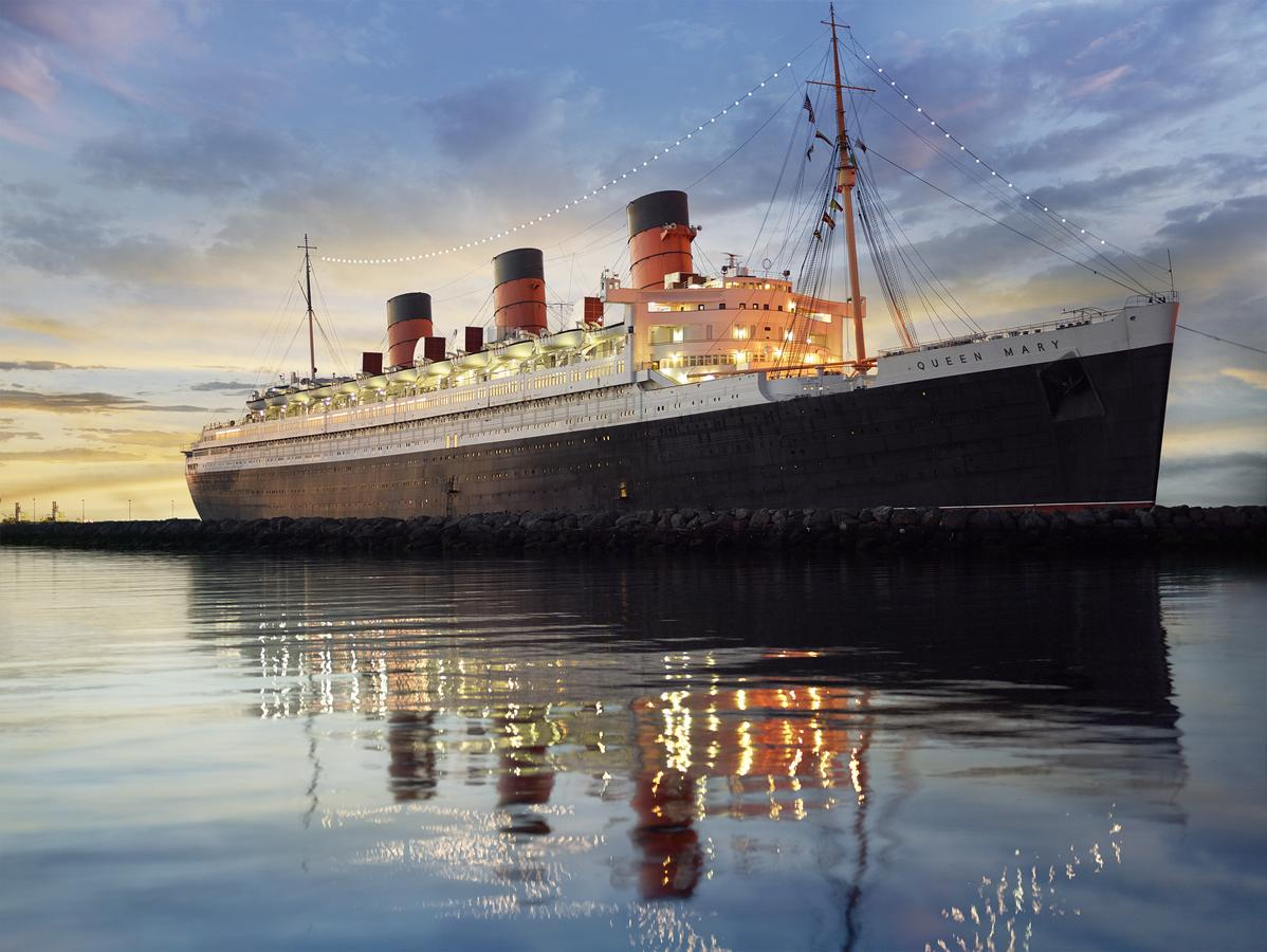 Queen Mary Photo